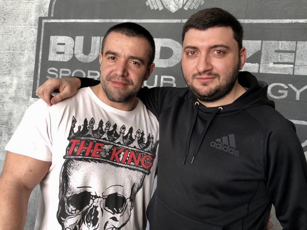 Клубная карта под номером 1 досталась Михаилу Данилян!